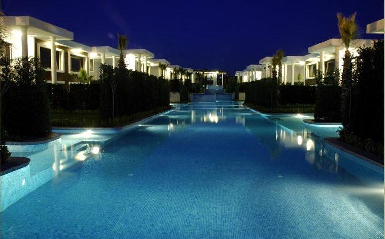 Biblos Koru & Su Villaları