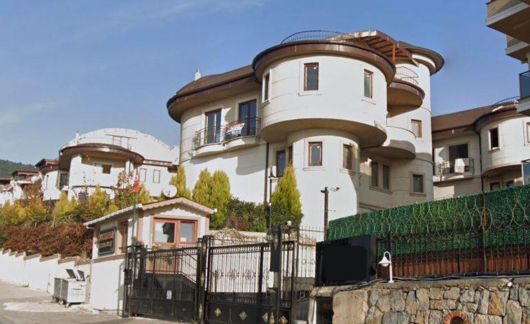 Karlıkkent Konakları
